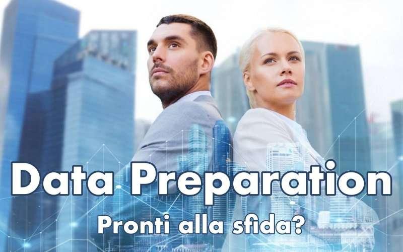 Data Preparation concept - Immagine che raffigura due persone, un uomo e una donna, che guardano concentrate all'orizzonte. Concept per far capire la sfida da intraprendere nella preparazione dei dati